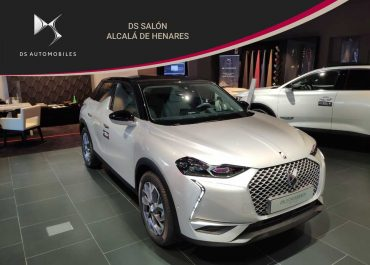DS Automobiles DS 3 Crossback E-Tense Grand Chic Crystal Pearl